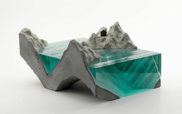 Skulpturen wasserklar türkis blau grün Glas meer ozean wellen haus