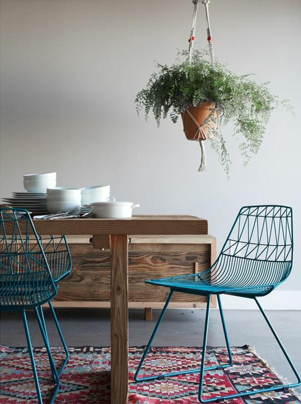 Stühle für Esstisch holz modern hängepflanzen