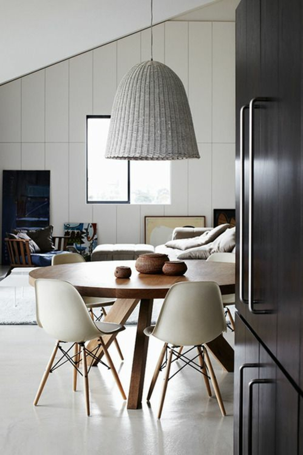 Esstisch holz modern rattan lampenschirm