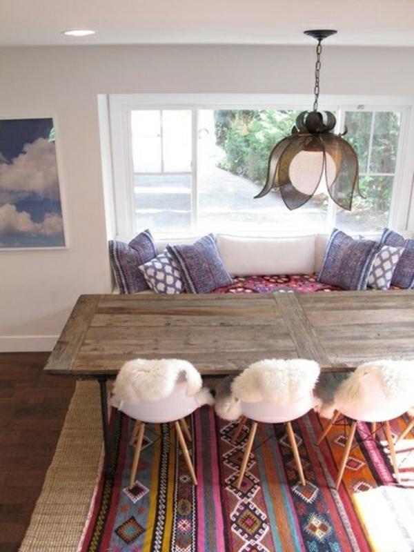 Stühle lila kissen Esstisch holz modern weich