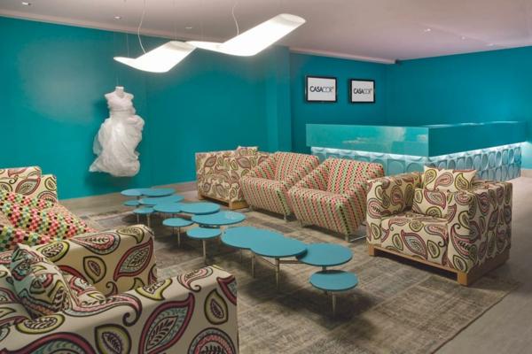 Wandfarbe in Türkis wandgestaltung wohnzimmer