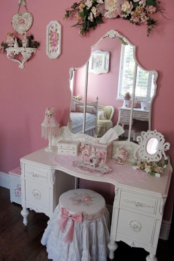 altrosa wohnzimmer klassisch vintage schminktisch