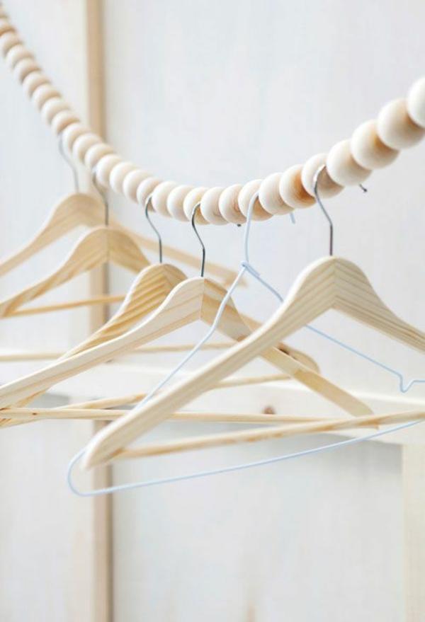 ankleidezimmer selber bauen ideen holz bügelkleider