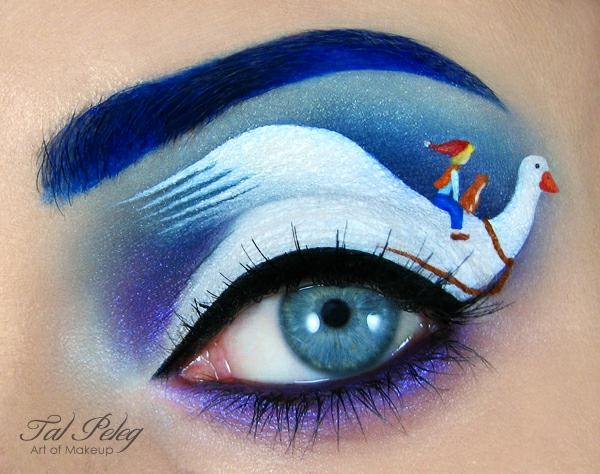 augen schminken halloween blau weiß