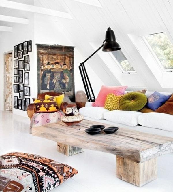couchtisch holz rustikale einrichtung wohzimmer sofa wandfarbe weiß sitzkissen