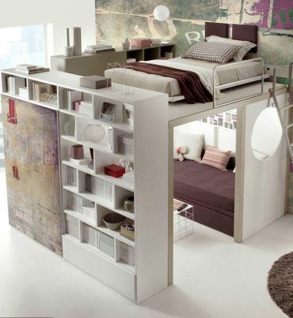einrichtungsideen schlafzimmer bett hochbett trennwand regal