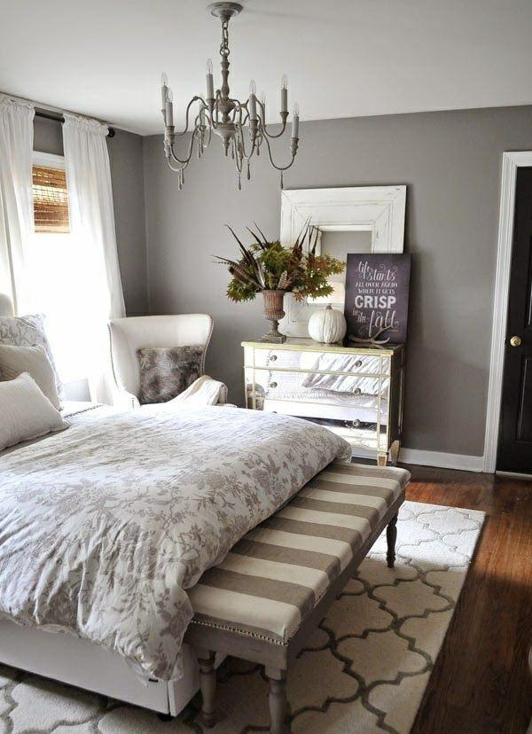 einrichtungsideen schlafzimmer bett holzboden wandfarbe grau kommode
