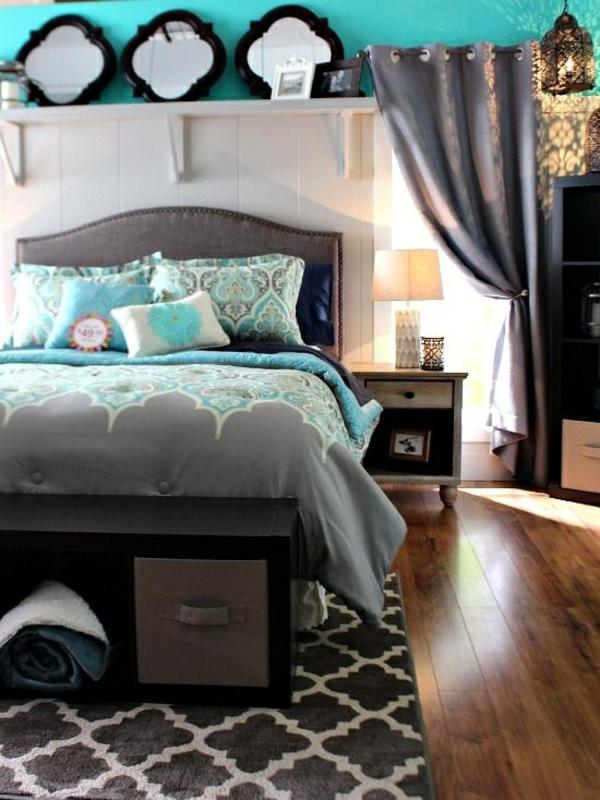 einrichtungsideen schlafzimmer bett holzboden wandfarbe türkis