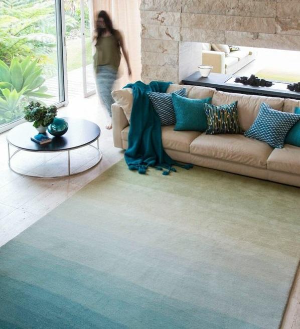wohnzimmer braun türkis:einrichtungsideen wohnzimmer möbel modern trendy türkis farben