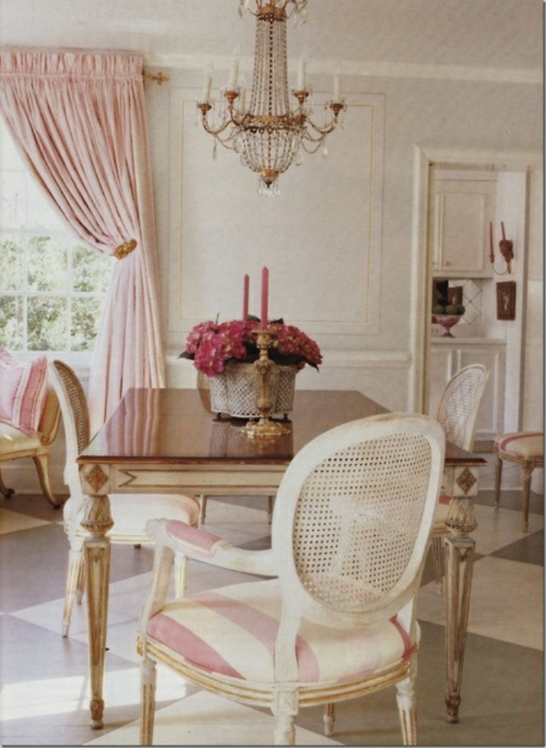 Gardinen rosa die romantischen farbnuancen schlechthin for Esszimmer kolonialstil