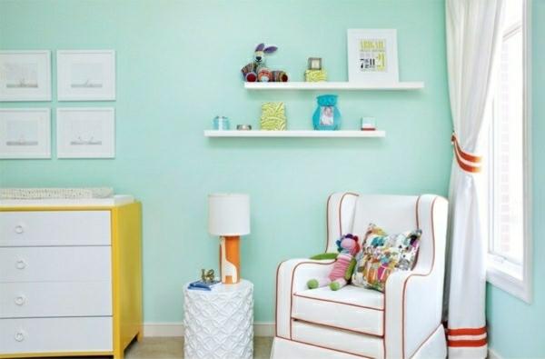 farbgestaltung kinderzimmer farben wandfarbe mintgrün wandregal sessel kommode