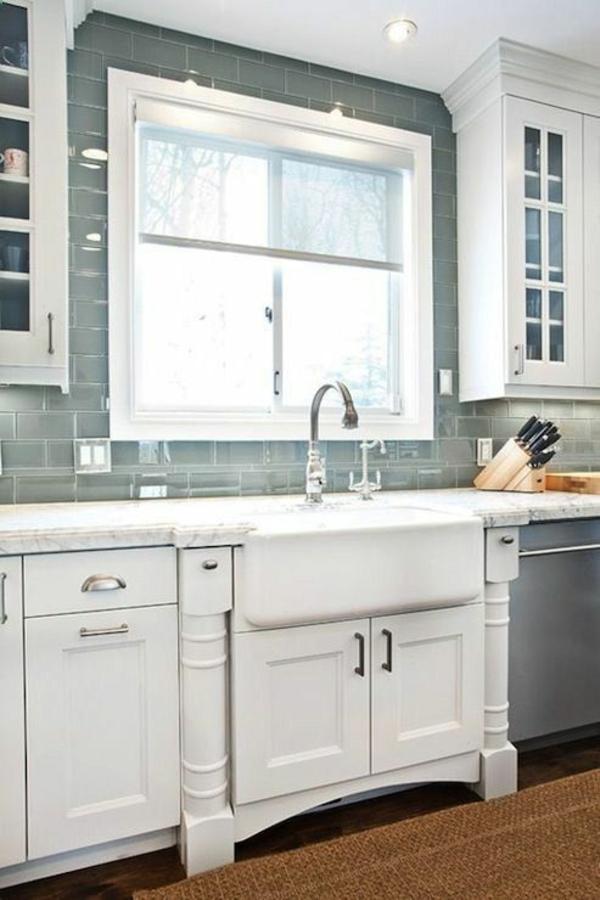 fliesenspiegel küche küchenfliesen wand küchenfenster wandspiegel küche