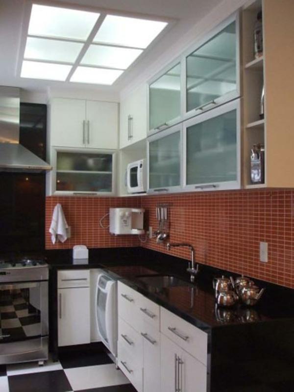 fliesenspiegel küche rückwand küche küchenfliesen wand braun