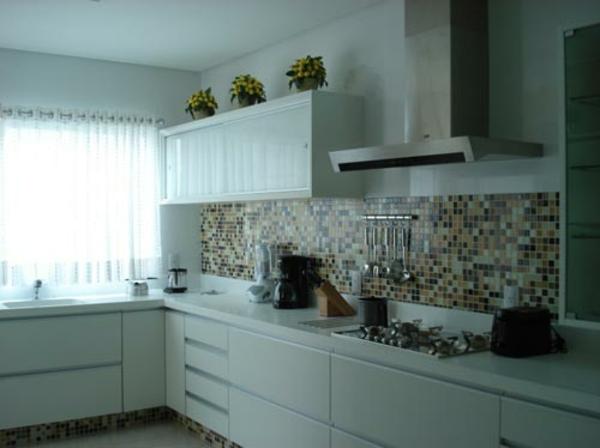 fliesenspiegel küche rückwand küche mosaikfliesen braun