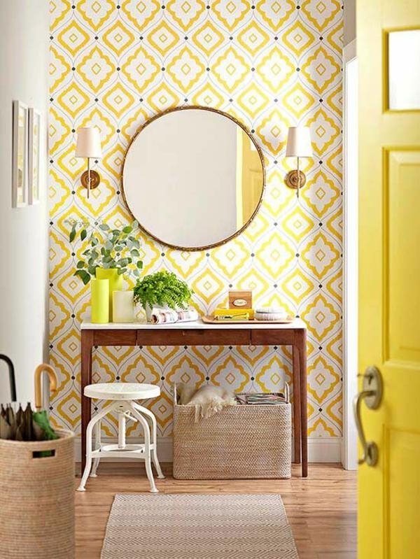gelbe tepete mustertapeten wohnzimmer wandgestaltung ideen zitronnengelb tür