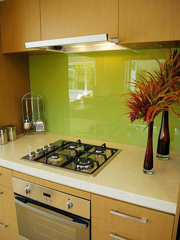 glas küchenrückwand fliesenspiegel glaswand küche grün spritzschutz küche