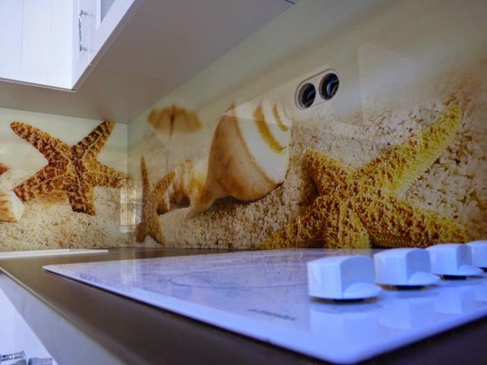 glasrückwand küche meer thema