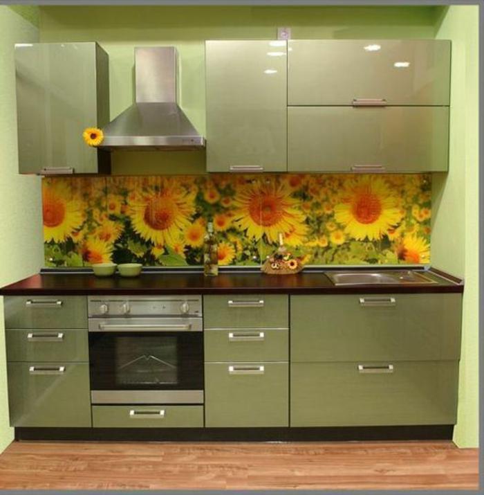 glasrückwand naturnah küche sonnenblumen gelb