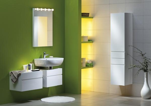grüne wandfarbe badezimmer