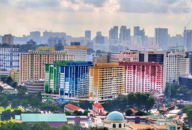 hausfassaden farben hausfassade streichen stadviertel singapur wohnblocks