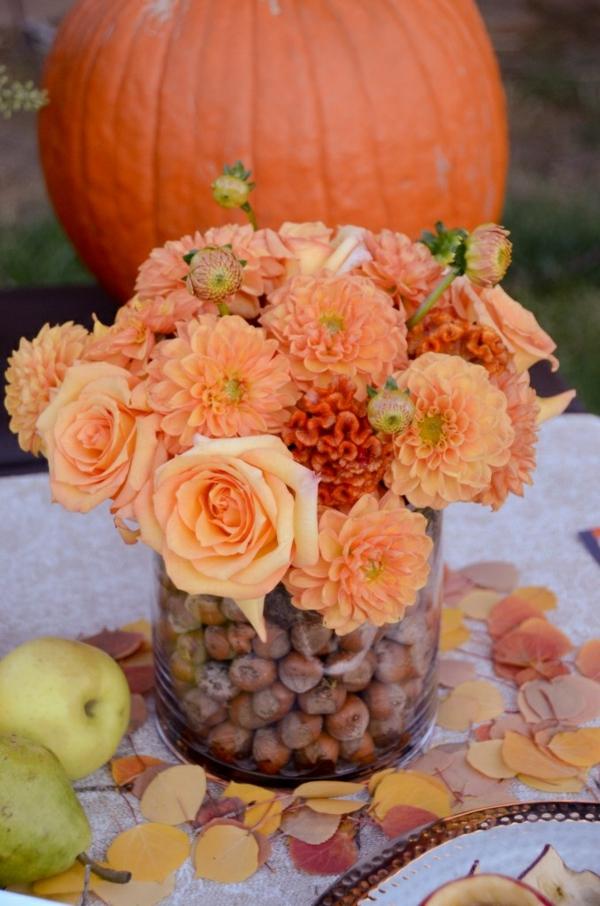 herbstblumen pflanzen herbstdeko ideen tischdeko basteln kürbis
