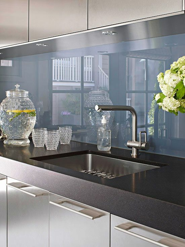 küchenrückwand aus glas fliesenspiegel glas küchenrückwand plexiglas blau