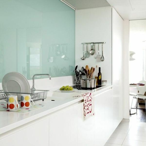 küchenrückwand aus glas fliesenspiegel glas minzgrün küchenrückwände