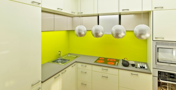 plexiglas fliesenspiegel silbern küchenrückwand
