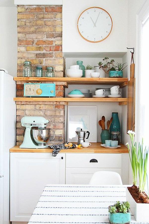 küchenuhr wanduhr ziegelwand küchenideen wanddeko