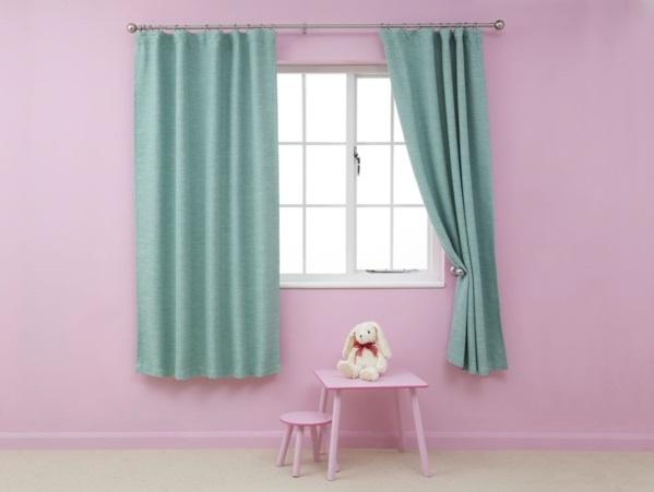 vorh nge t rkis lassen sie jeden raum edel aussehen. Black Bedroom Furniture Sets. Home Design Ideas