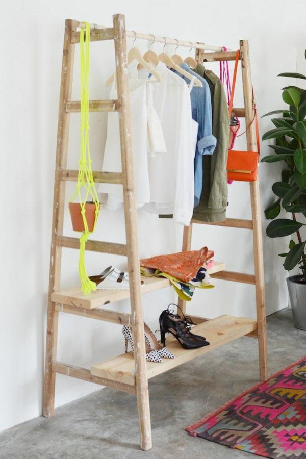 kleiderständer ankleidezimmer begehbarer kleiderschrank selber bauen ideen holzleiter