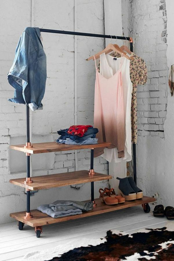 Kleiderst nder aus alter rohranleitung und schuhregal aus - Kleiderstange selber bauen ...