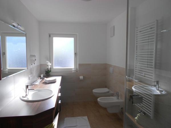Kleines bad ideen platzsparende badm bel und viele for Badezimmer klein gestalten
