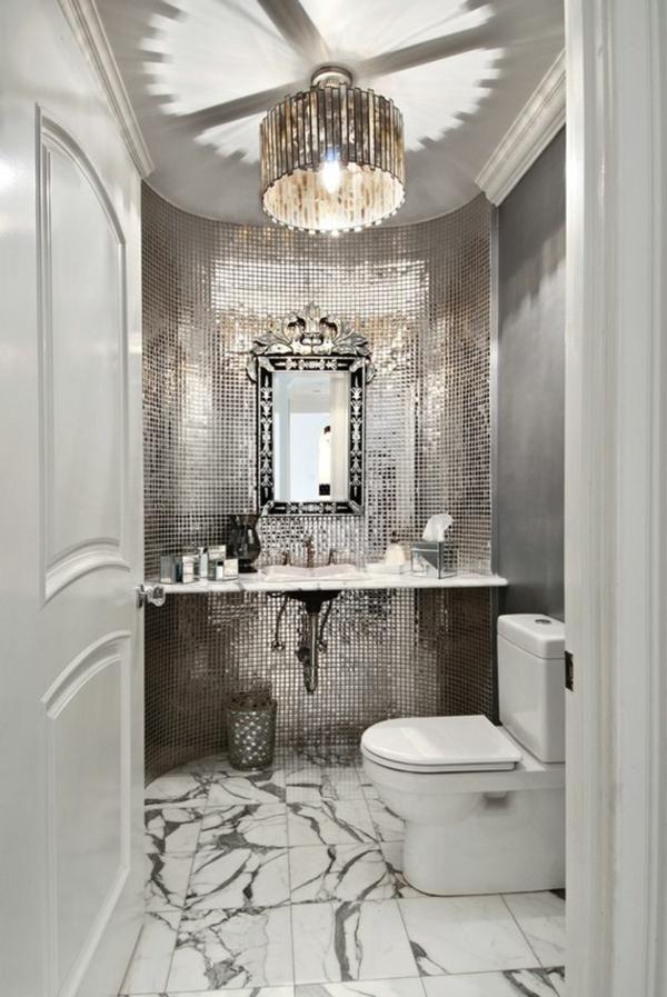 kleines bad gestalten badfliesen ideen toilette mosaikfliesen wandfliesen bodenfliesen marmor