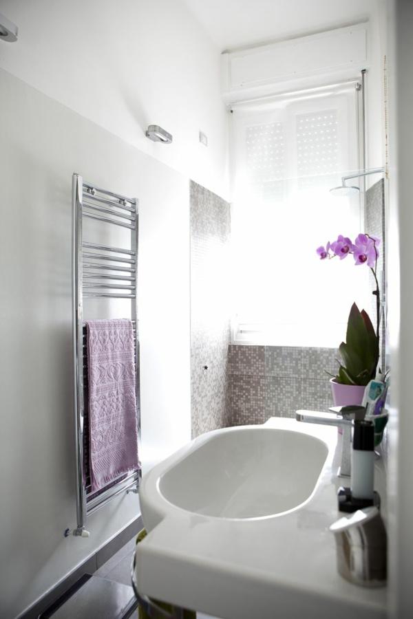 kleines bad gestalten handtuchtrockner kleines bad ideen orchidee