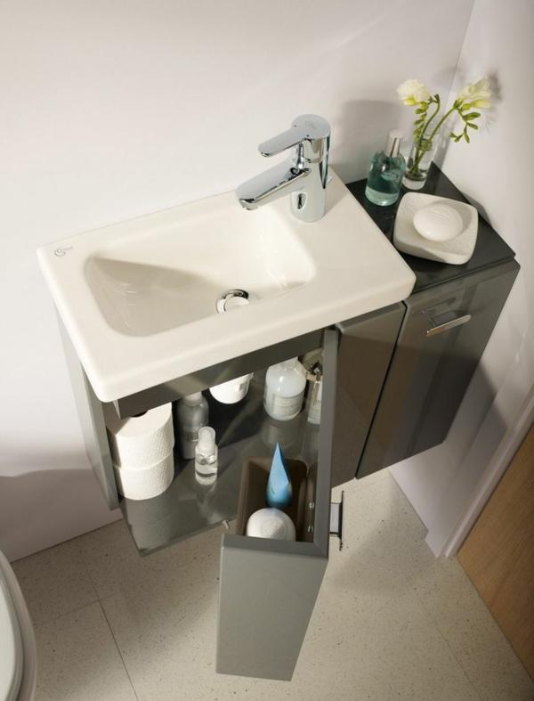 Kleines bad ideen dusche badewanne badezimmer unterschrank waschbecken