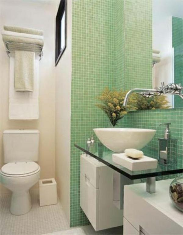 Baño Pintado De Verde:Es ist eng, aber es gibt doch genügend Platz für alle Badezimmer