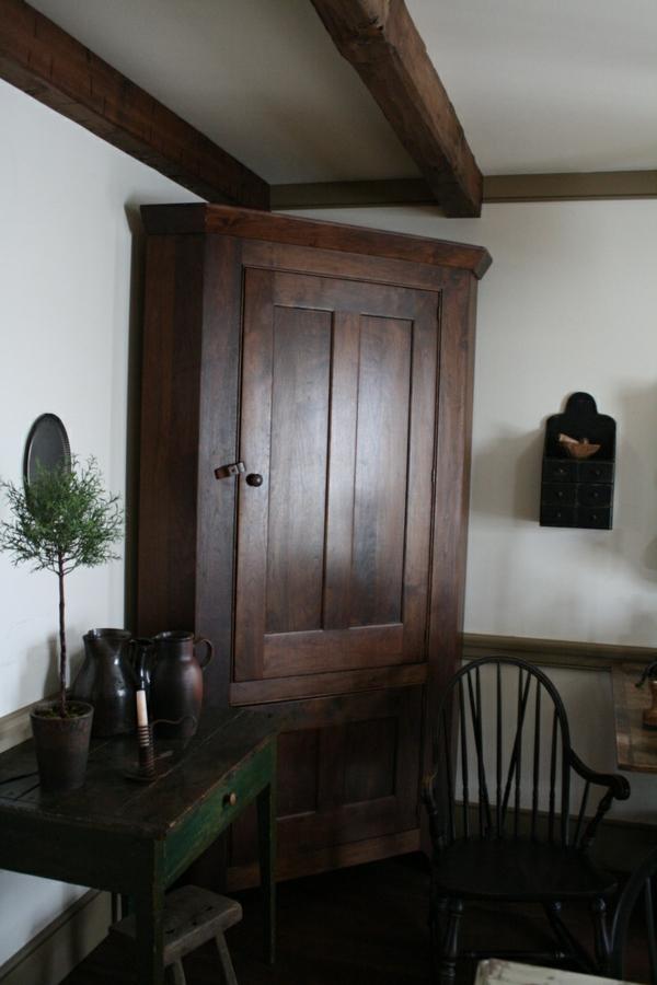kolonialstil möbel holz schrank schlafzimmer ideen im kolonialstil