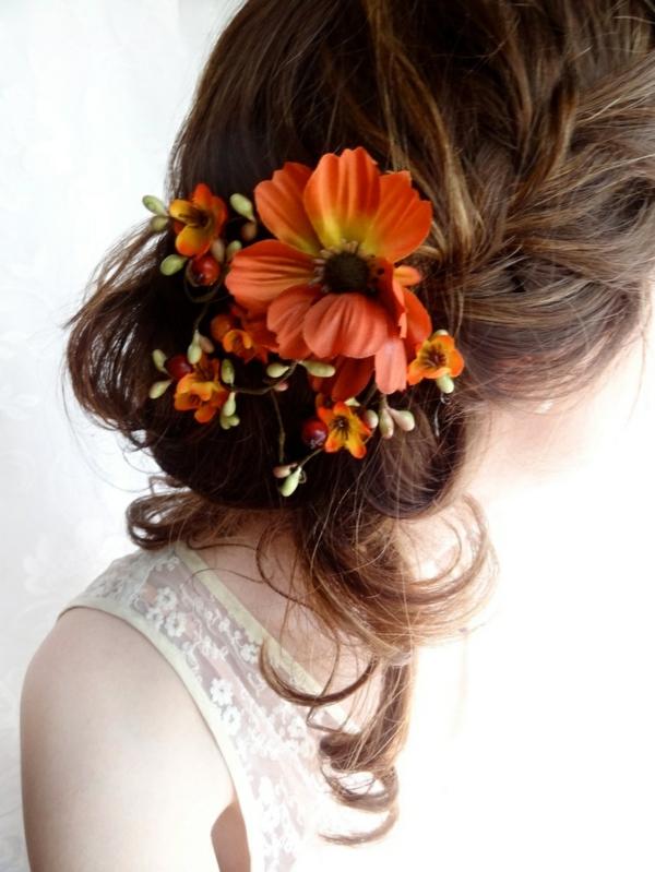 langhaarige frisuren mit herbst blumen pflanzen herbstdeko ideen