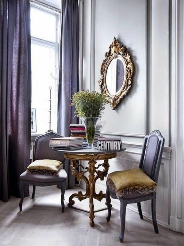 lila gardinen fenster vorhänge schlafzimmer wandspiegel