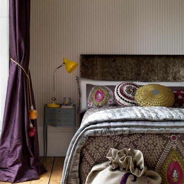 lila gardinen fenster vorhänge schlafzimmer