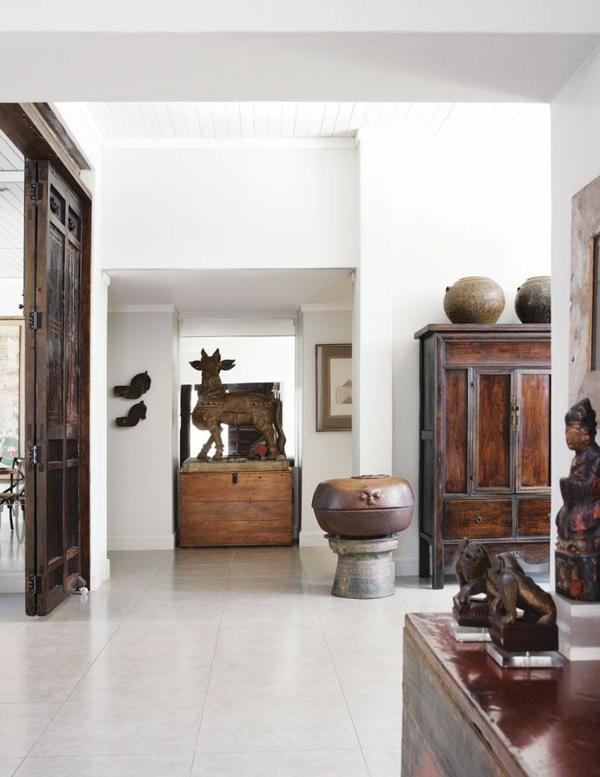 möbel kolonialstil einrichtung wohnzimmer wohnaccessoires holztür