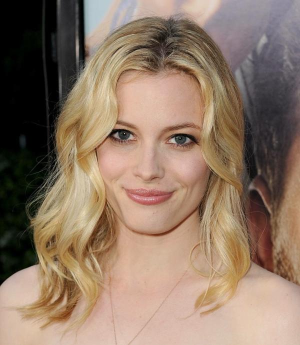 schauspielering frisuren kurz haare blond