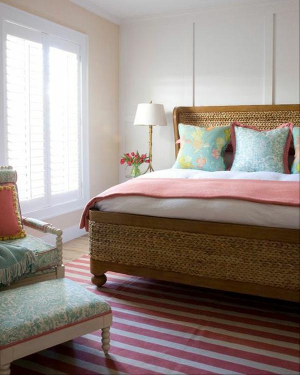 rattan bett schlafzimmer möbel einrichten teppich streifen