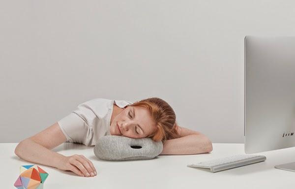 reisekissen designer kissen Ostrich Pillow Mini innovative design ideen