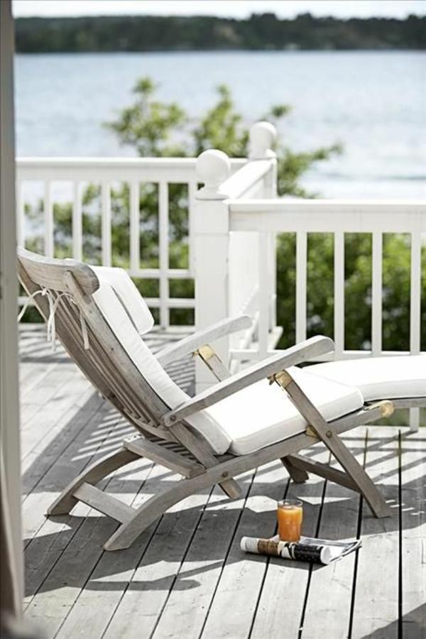 relaxliegen garten holz lounge möbel gartenmöbel terrasse gestalten