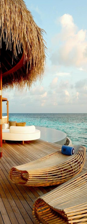 relaxliegen garten meerblick reisen und urlaub entspannung