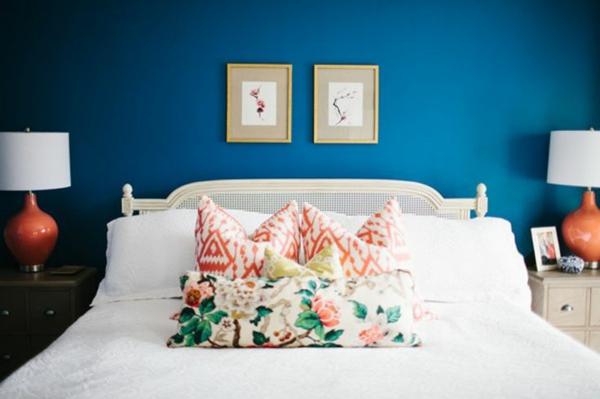 schlafzimmer einrichtungsideen wandfarbe blau