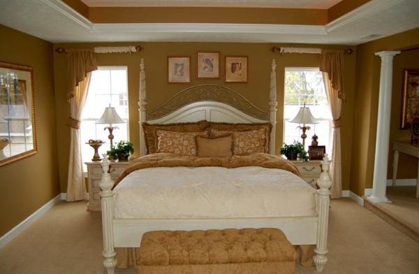 schlafzimmer einrichtungsideen wandfarbe brauntöne gardinenideen