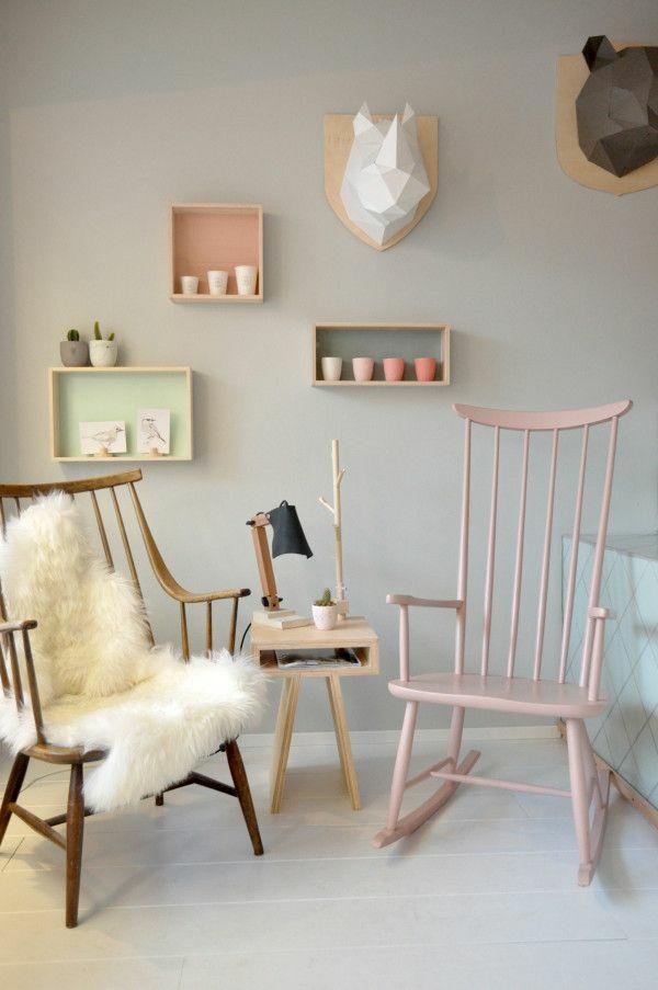 Skandinavisch einrichten manimalistisches design ist for Fauteuil a bascule chambre bebe